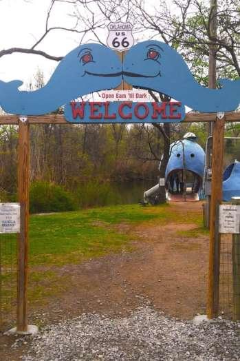 A grande baleia azul de Catoosa em Oklahoma - Pinterest