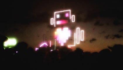 Robot Heart, um dos carros mutantes mais famosos do Bruning Man - Capa