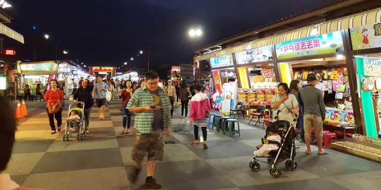 Barracas do Night Market