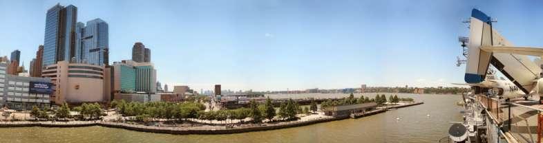 Panorâmica do alto do Intrepid com vista para o rio Hudson e Nova Jersey
