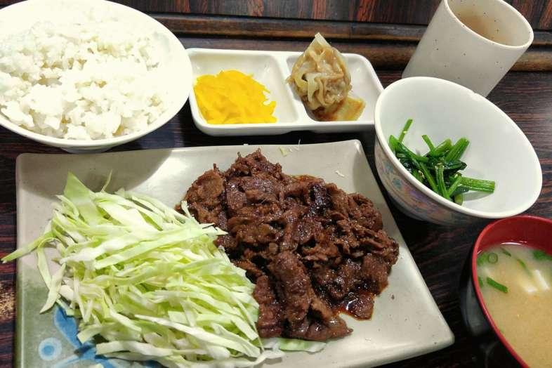 Teishoku yakitori do Yakitori Mizusaka, uma refeição completa!